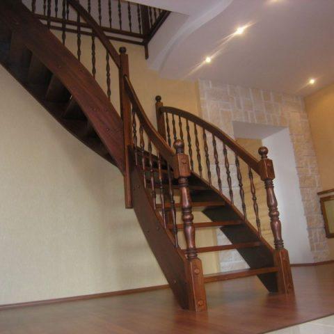 Классические лестницы на тетиве