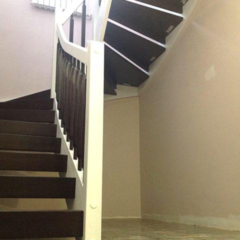 L - лестница