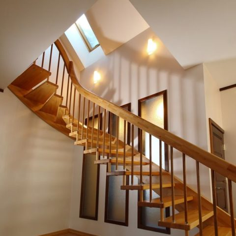 Лестницы на больцах п. Уптино